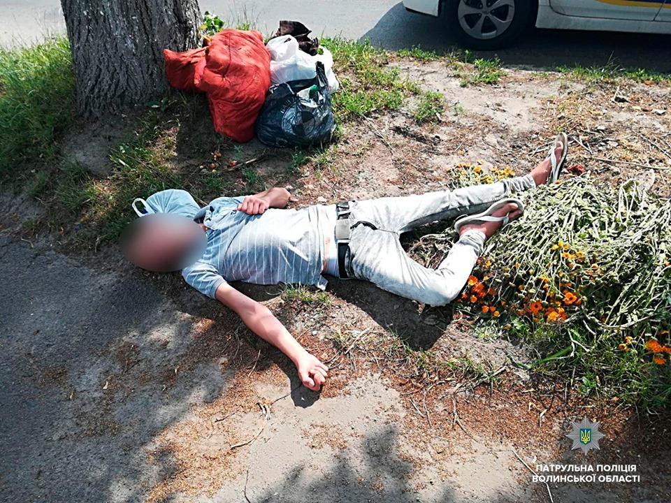 У Луцьку на вулиці виявили чоловіка, який самостійно не міг пересуватися і говорити
