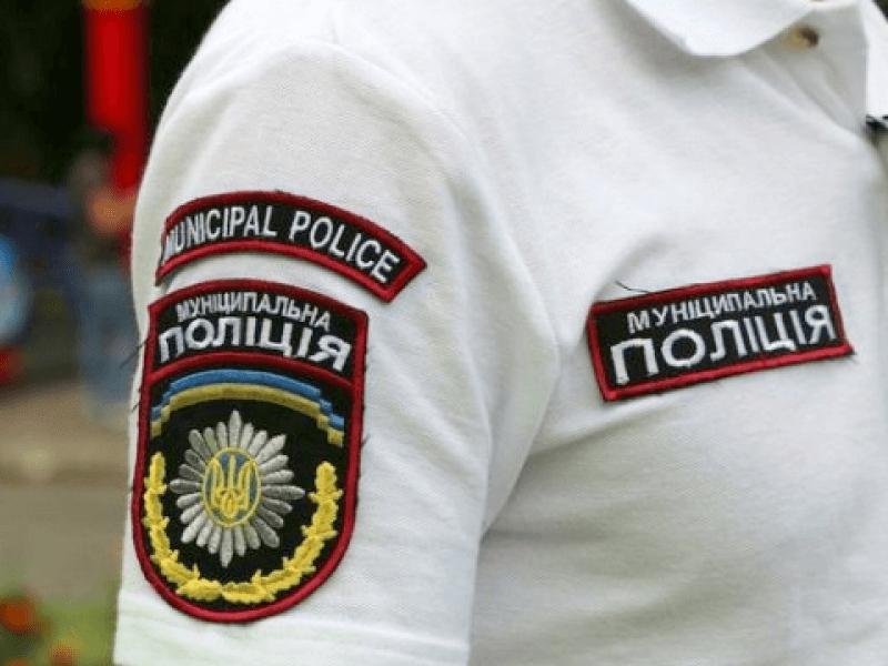 У Луцьку рятували п'яного чоловіка. ФОТО