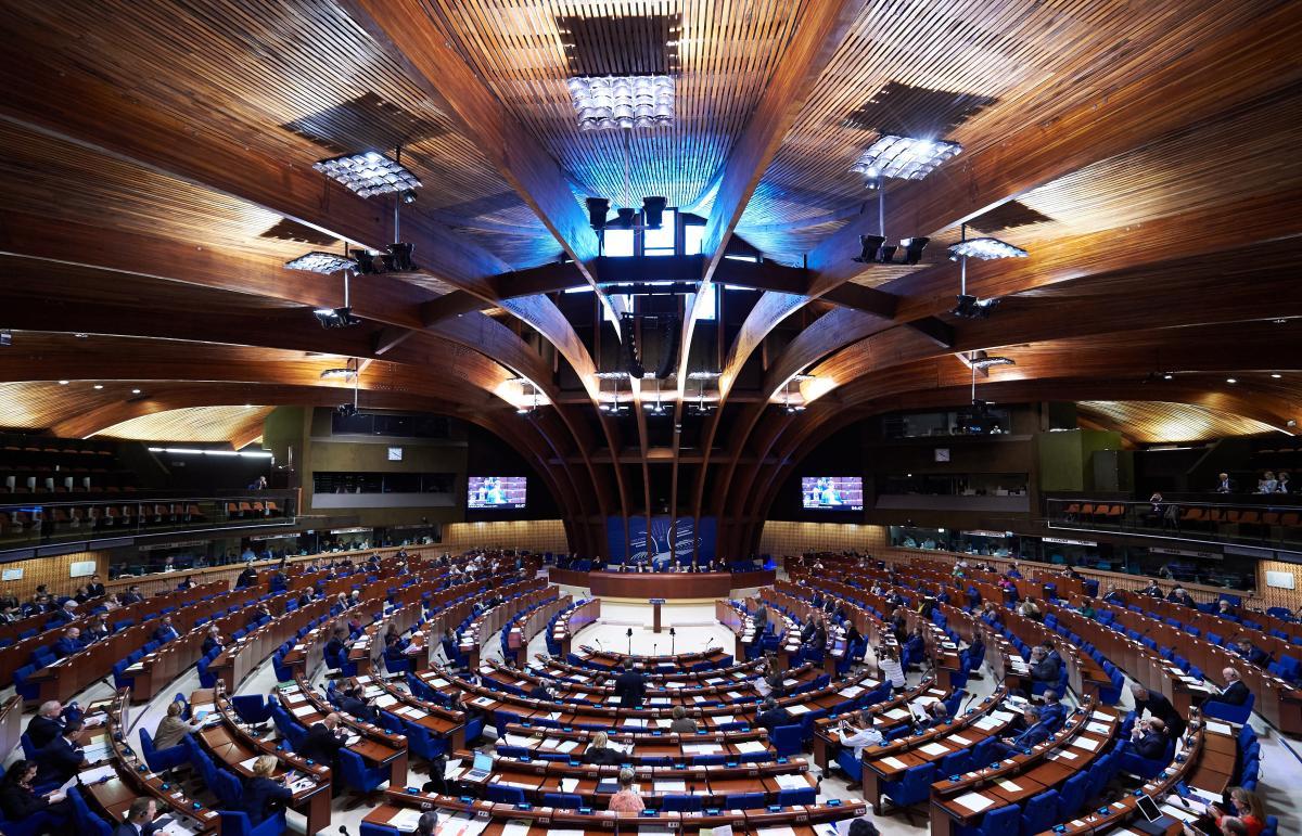 ПАРЄ прийняла резолюцію, яка дає можливість російській делегації повернутись до зали асамблеї