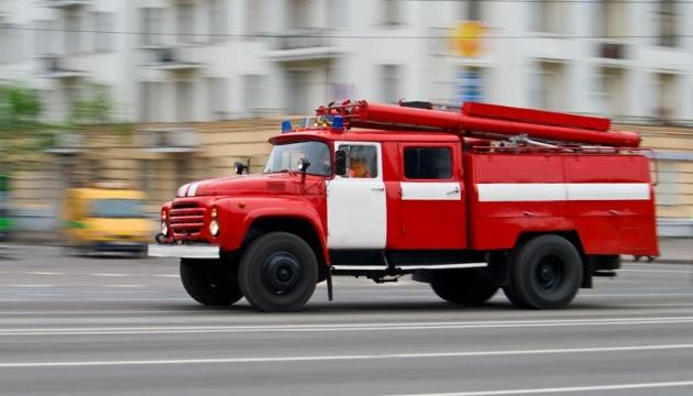 За минулий тиждень рятувальники ліквідували 17 пожеж та врятували одну людину