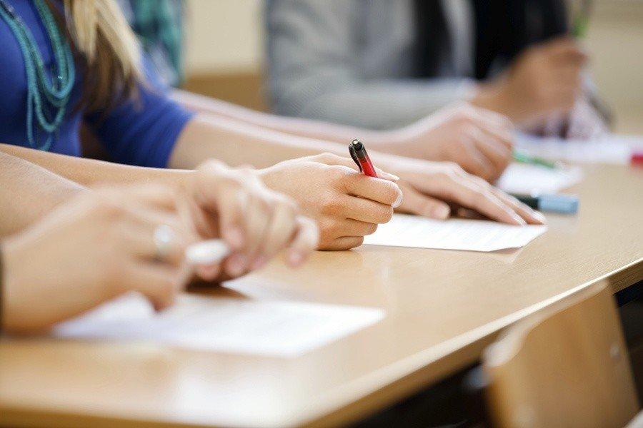 В Україні лише одна школярка отримала найвищі бали із ЗНО за всіма предметами