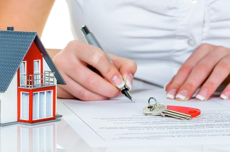 Скільки лучани продали та купили квартир протягом останніх років