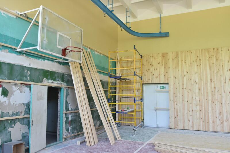 У Луцьку перевірили хід ремонтних робіт у міських школах. ФОТО