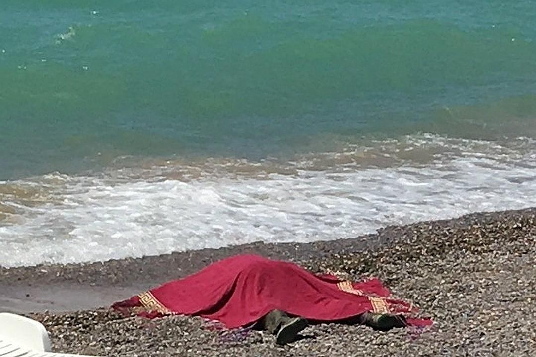У Криму на берег винесло тіло кримського татарина з прив'язаною до шиї гирею