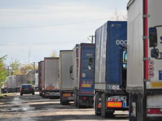 На ПП«Ягодин-Дорогуськ» утворилася черга майже з 200 вантажівок