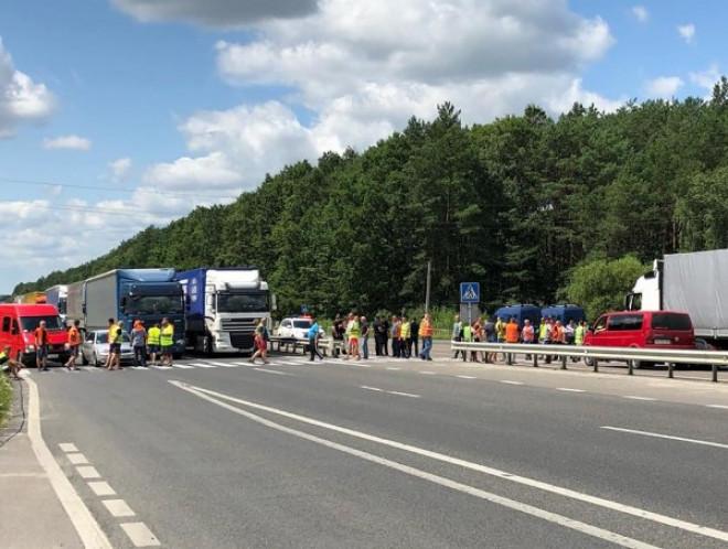 Питання видачі дозволів на міжнародні перевезення вирішили та розблокували трасу «Київ-Ковель-Ягодин»