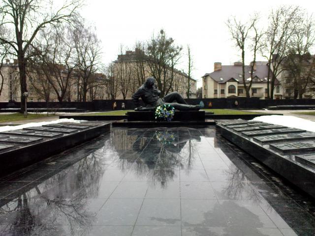 У Луцьку вшанують пам'ять полеглих у боях за визволення Волинської області