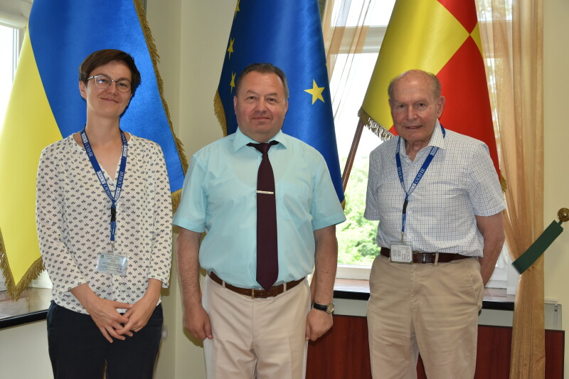 У Луцьку перебувають представники Місії ОБСЄ задля збереження порядку під час виборів