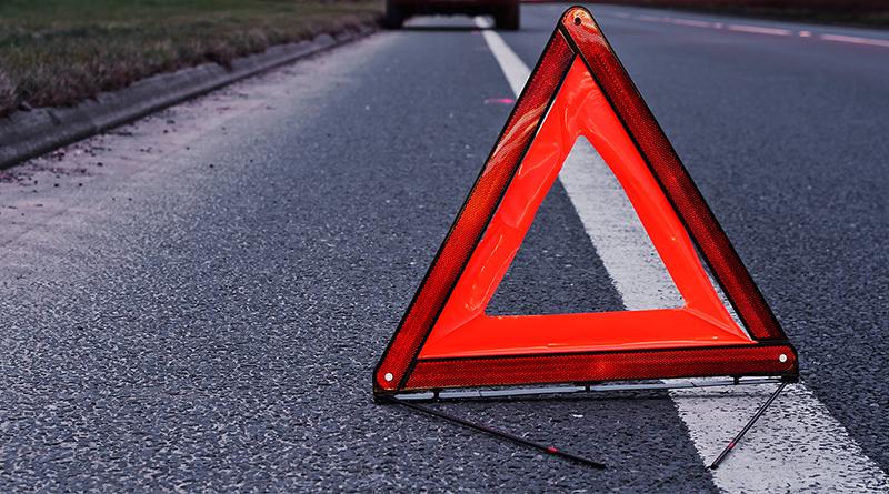 У Луцьку водій збив дівчину, яка перебігала дорогу