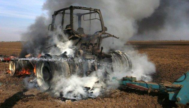 Водій трактора підірвався на міні біля окупованого Нікішиного