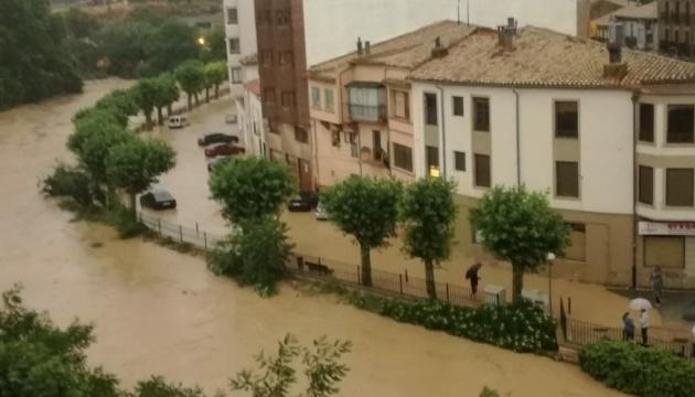 Північ Іспанії затопило. ВІДЕО