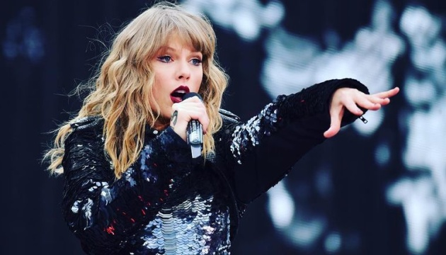«Forbes» назвав топ-100 найбільш високооплачуваних знаменитостей