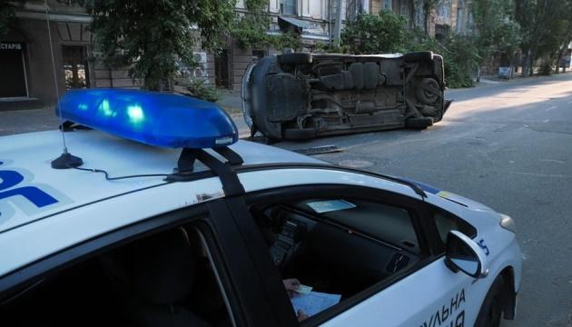 У Херсоні в ДТП потрапило авто, яке перевозило виборчі бюлетені