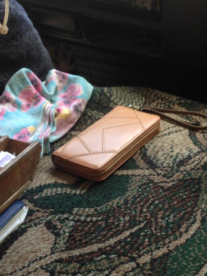 У Луцьку розшукують власницю загубленого гаманця
