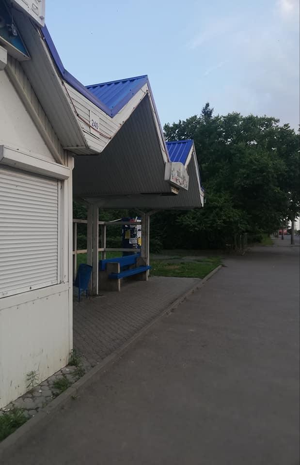 У Луцьку люди скаржаться на відсутність графіків руху тролейбусів на зупинках