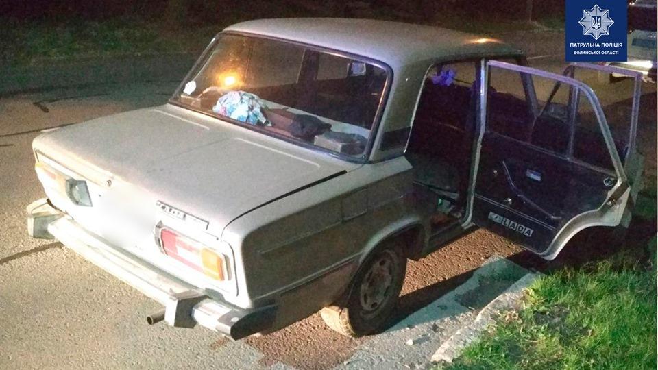 У Луцьку п'яний водій пропонував хабар патрульним. ФОТО. ВІДЕО