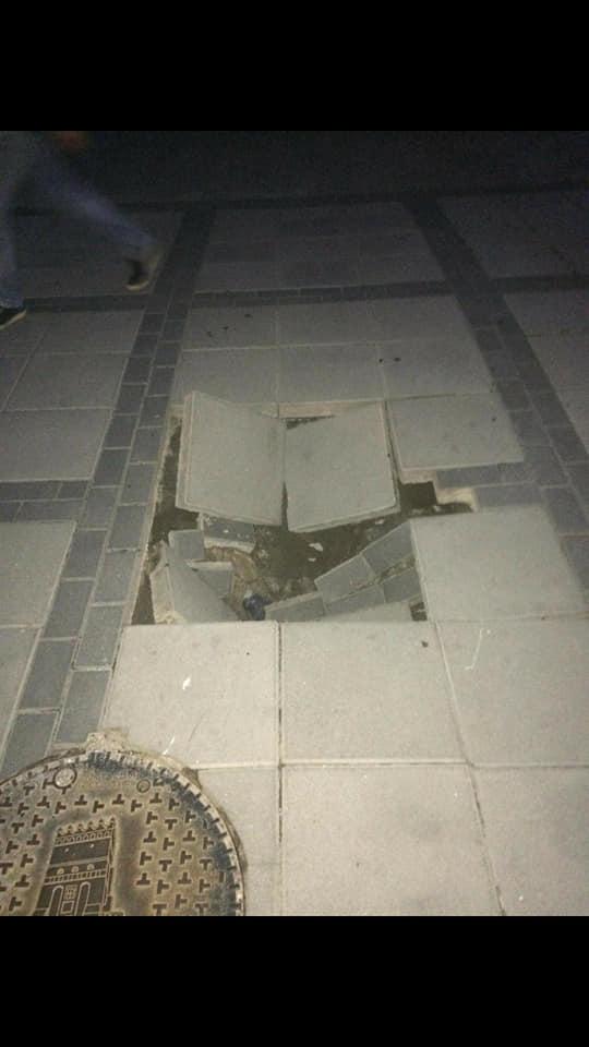У Луцьку в центрі міста руйнується бруківка, яку вклали два роки тому. ФОТО