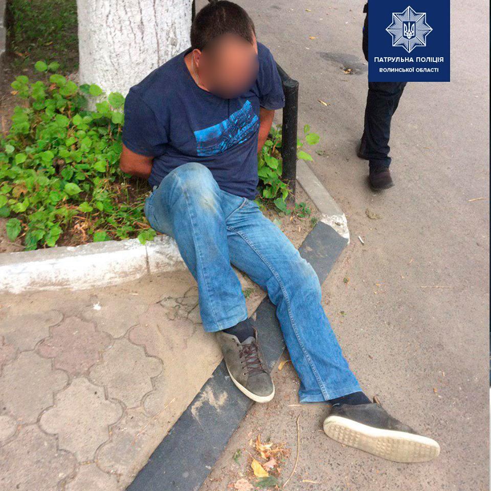 Біля Луцька п'яний водій пропонував патрульним хабар