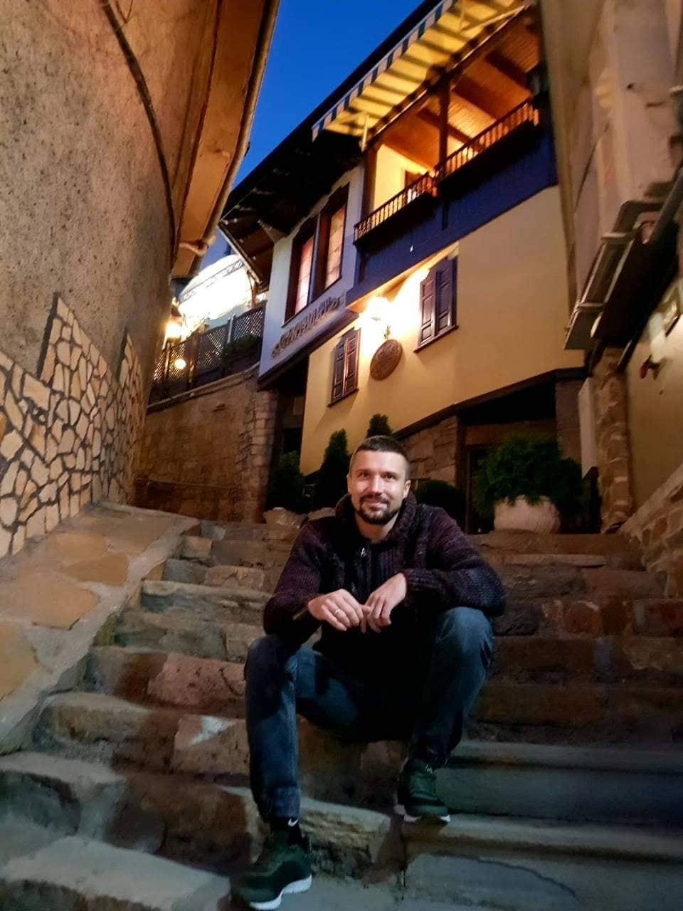Чи цікавиться молодь політикою: розмова з громадським активістом, героєм Майдану Ігорем Криворучком