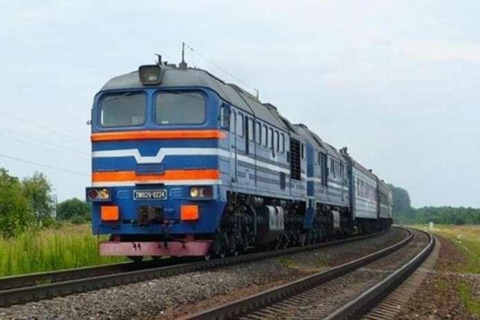 Тимчасово на курсуватиме потяг «Ковель-Червоноград»