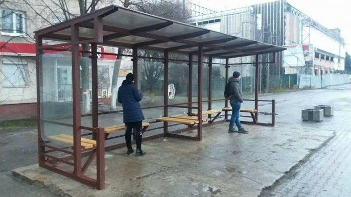 Міська рада Луцька отримала понад сотню дзвінків з наріканнями щодо ліквідації зупинок транспорту