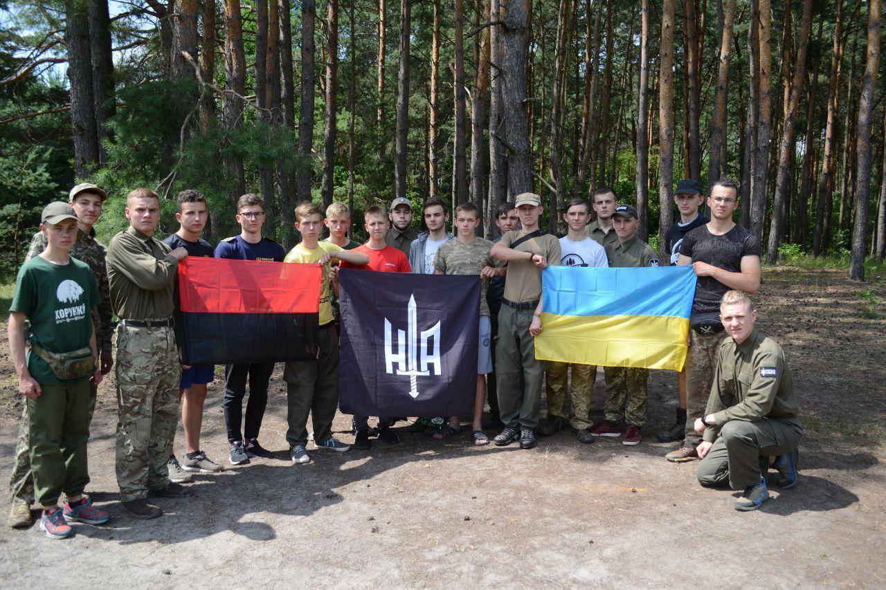 На Волині відбулися військово-патріотичні табори «Легіонер» та «Оріяна». ФОТО