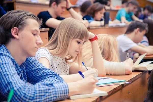 Луцькі університети увійшли до сотнінайпопулярніших вишів серед абітурієнтів