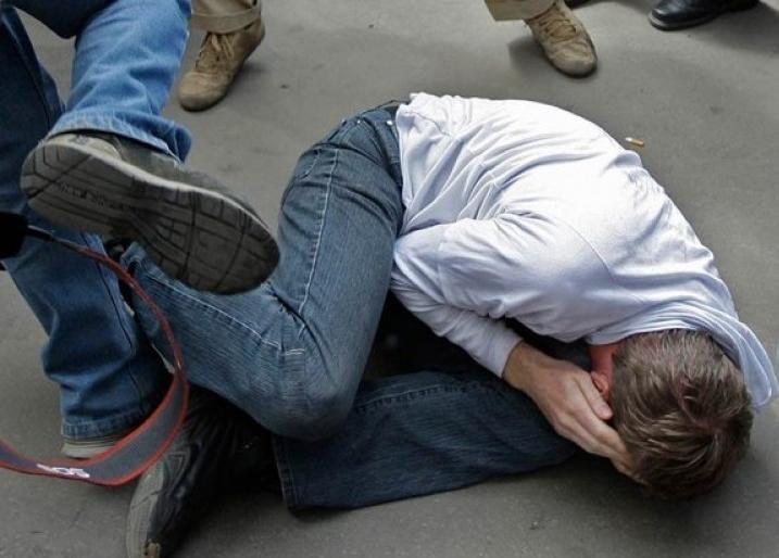 Біля Луцька побили та пограбували двох юнаків