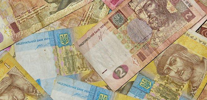 Курс гривні зміцнюється, а вартість долара досягла мінімуму із 2017 року