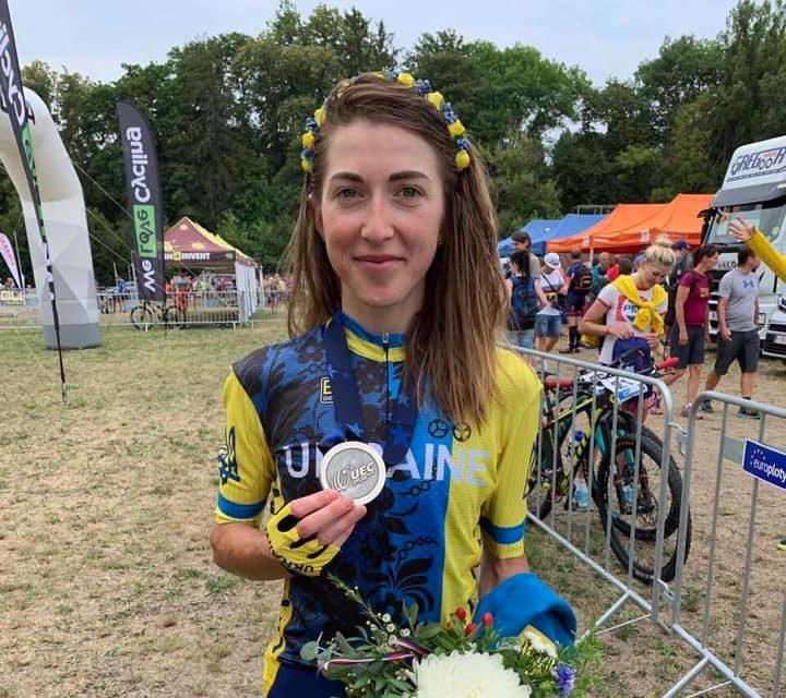 Яна Беломоїна виборола срібло на чемпіонаті Європи із велоспорту