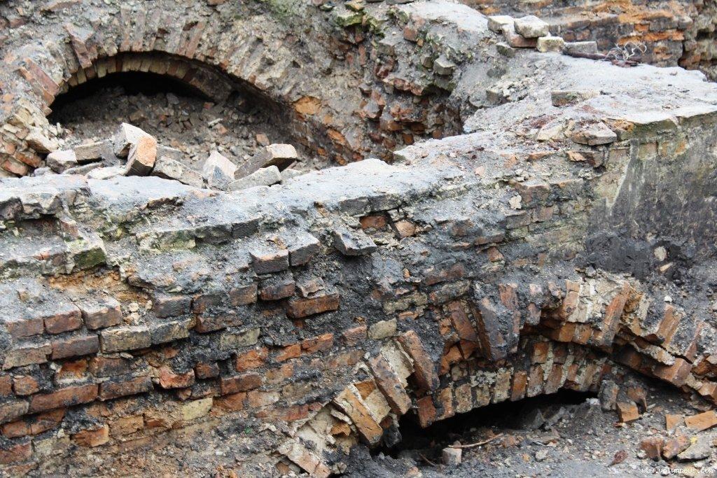 Луцькрада може припинити право користування для забудовника землею на Кафедральній