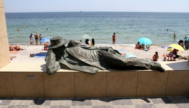 Вода на п'яти пляжах Одеси не відповідає нормі