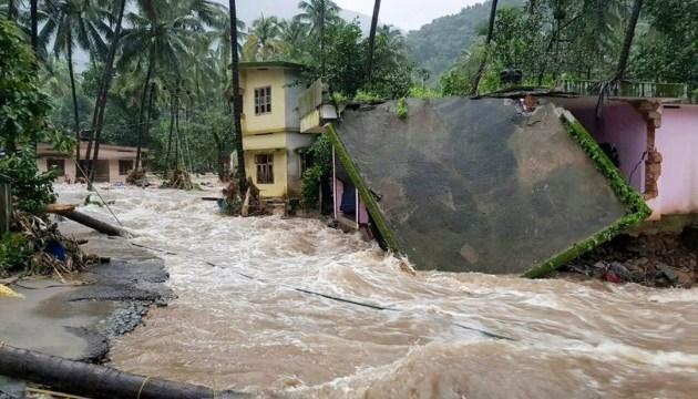 Повені й зливи в Індії за тиждень забрали 114 життів