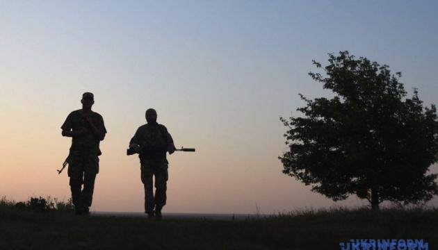 Минулої доби на Донбасі загинув один воїн, троє поранені