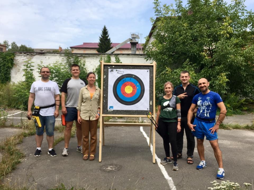 У Луцьку відкрили секцію стрільби з лука. ФОТО