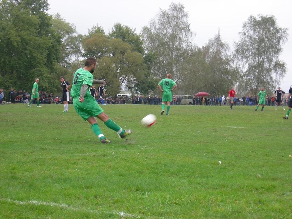 На Волині стартували змагання з футболу за програмою сільських спортивних ігор Волині