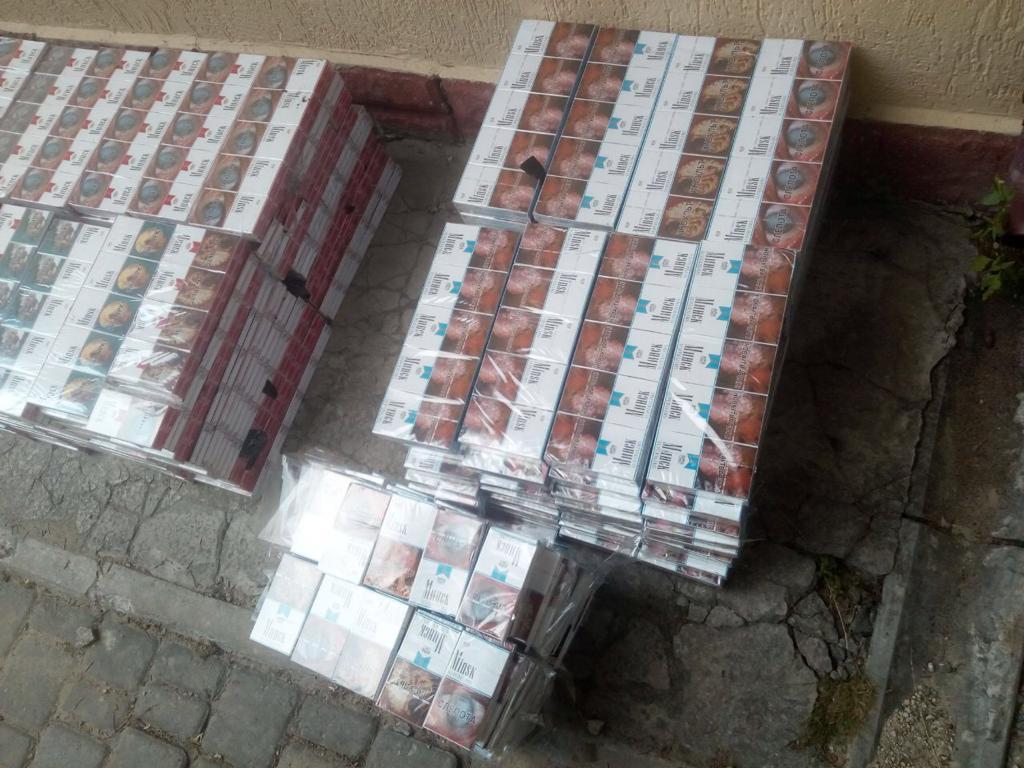 На Волині вилучили п'ять тисяч пачок безхазяйних цигарок