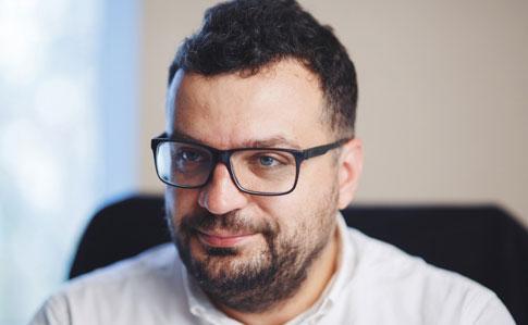 Кабмін звільнив голову Державного агентства України з питань кіно