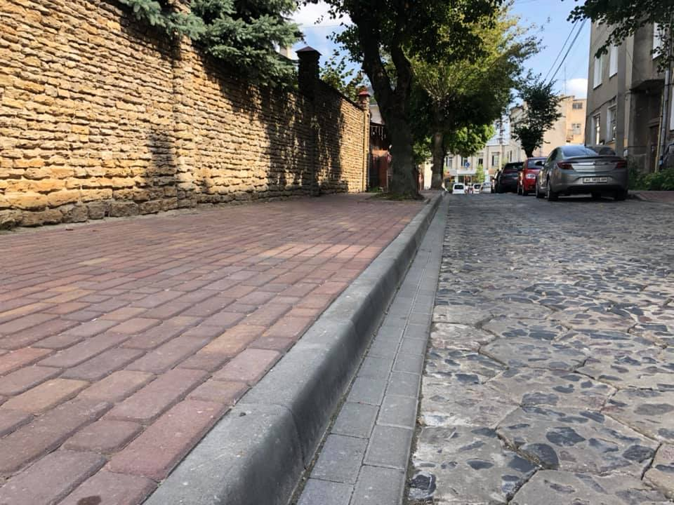У Луцьку завершили ремонт на вулиці Пушкіна