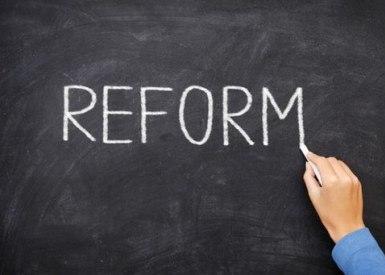 Україну закликали до реформ