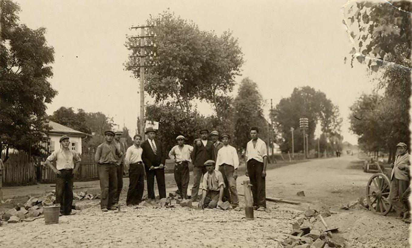 Як на Волині будували дороги у міжвоєнний період. ФОТО