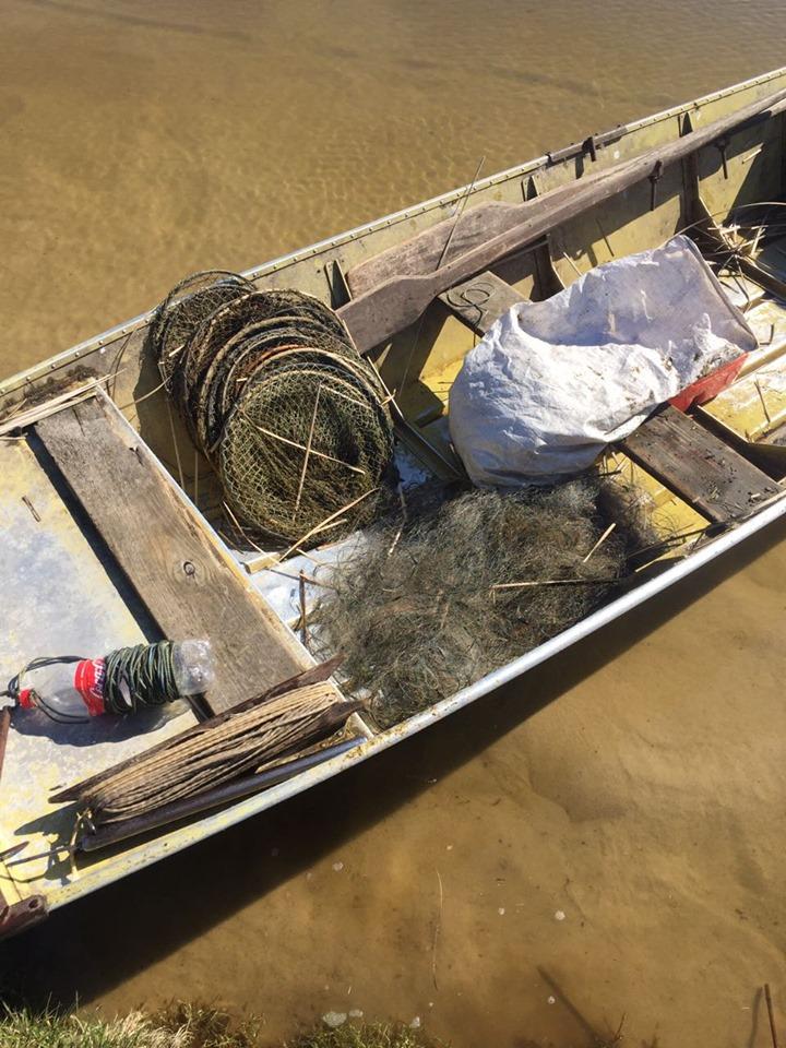 На озері Світязь спіймали рибного браконьєра