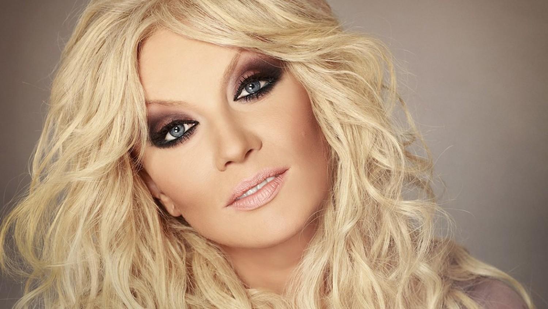 Українська співачка, яка виступає у Росії, анонсувала концерт в Україні