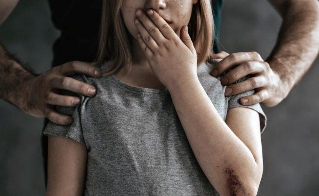 На Волині чоловік зґвалтував рідну доньку