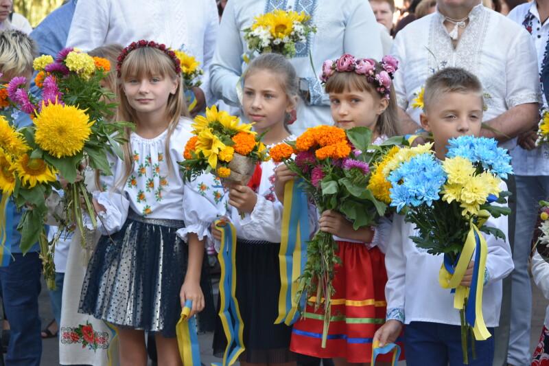 День Незалежності у Луцьку розпочали із масштабної Ходи Гідності. ФОТО