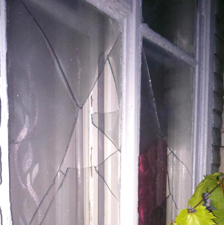 На Волині священик УПЦ МП заявив, що йому побили вікна. ФОТО