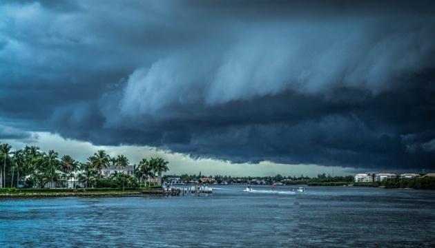 У Північній Кароліні оголосили режим надзвичайної ситуації через ураган «Доріан»