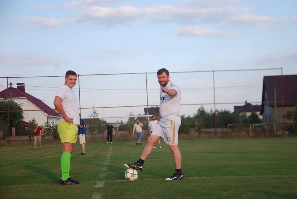 Як священики на Волині готуються до благодійного футбольного матчу. ФОТО