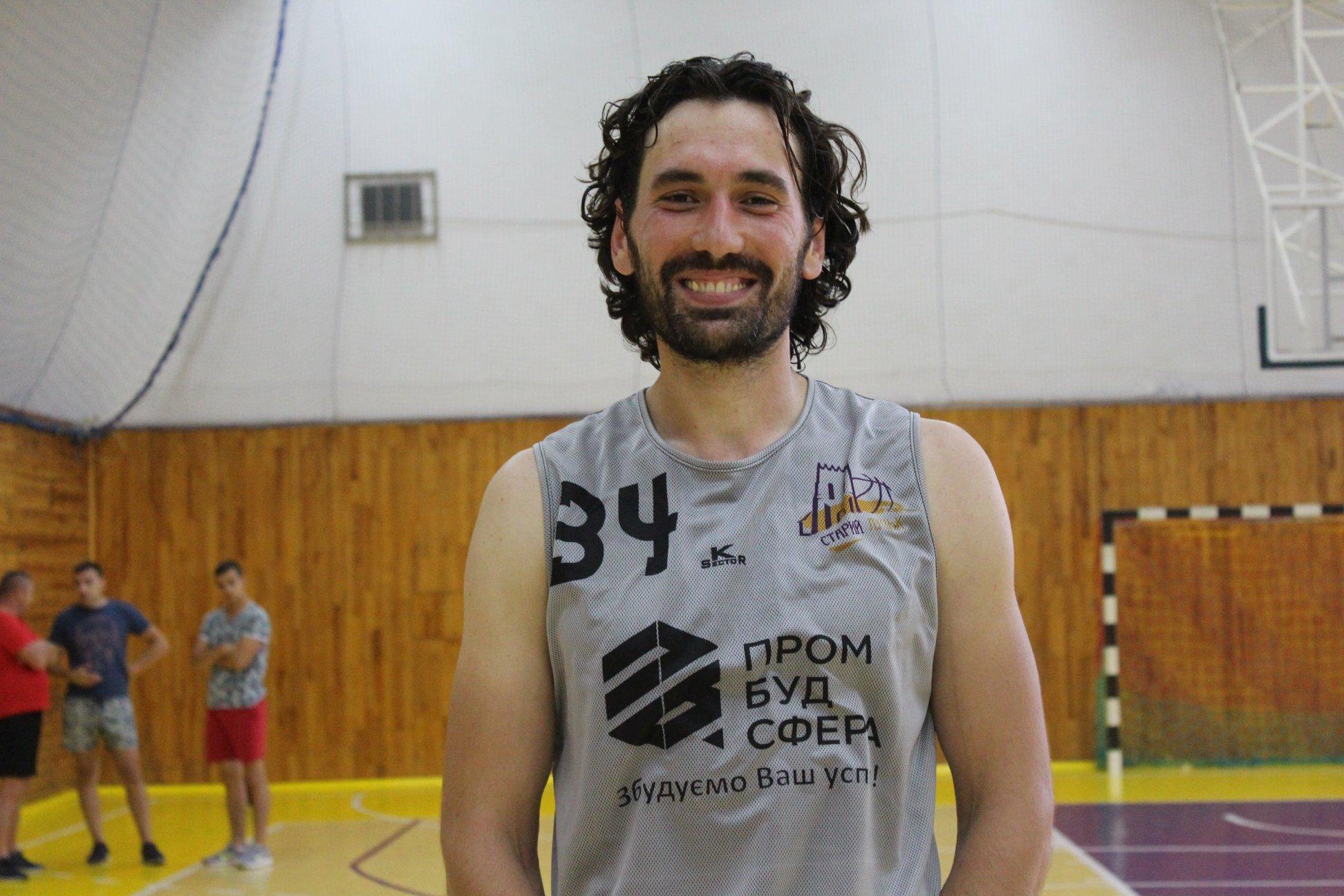 У луцькому баскетбольному клубі новий досвідчений гравець