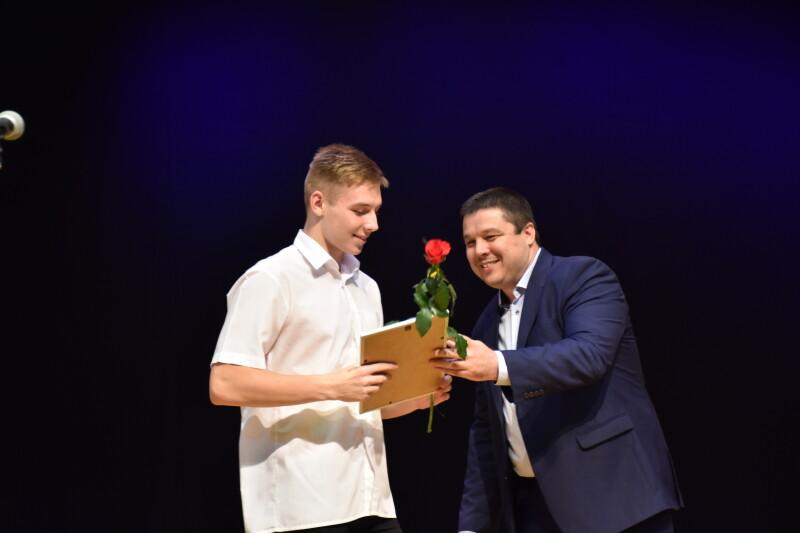 Спортсменів та тренерів Луцька привітали із професійним святом. ФОТО